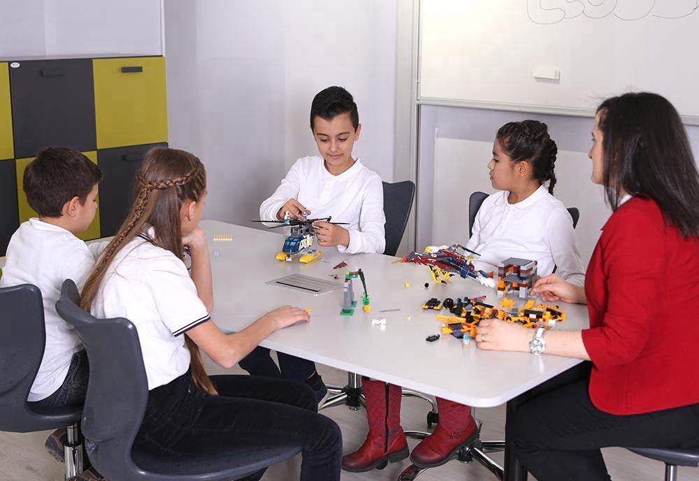 kokkupandav kooli laud